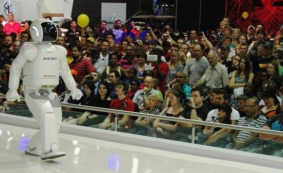 Der ASIMO von Honda gilt als der weltweit fortschrittlichste Roboter